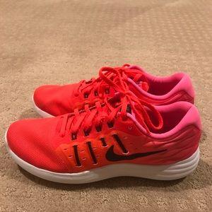 Like new Nike lunarstelos.